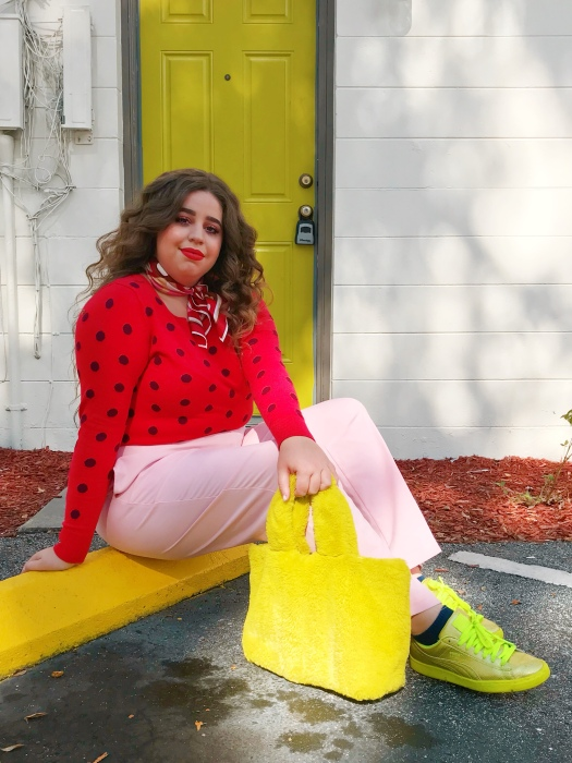 Plus size blogger old navy fall fashion she wears color